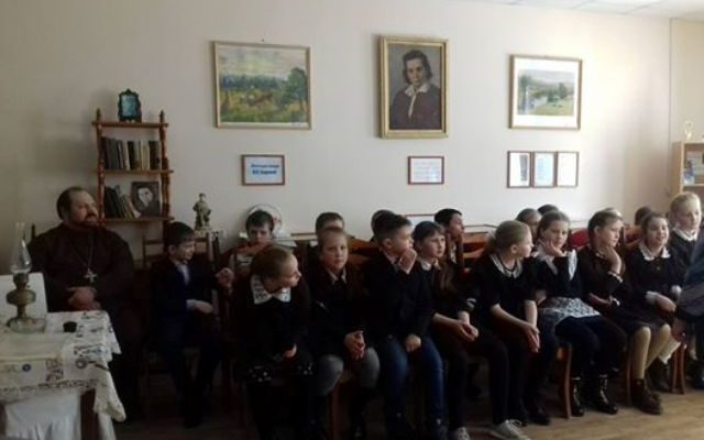 В районном краеведческом музее города Городище состоялось очередное занятие приуроченное к празднику Светлого Воскресения Христова